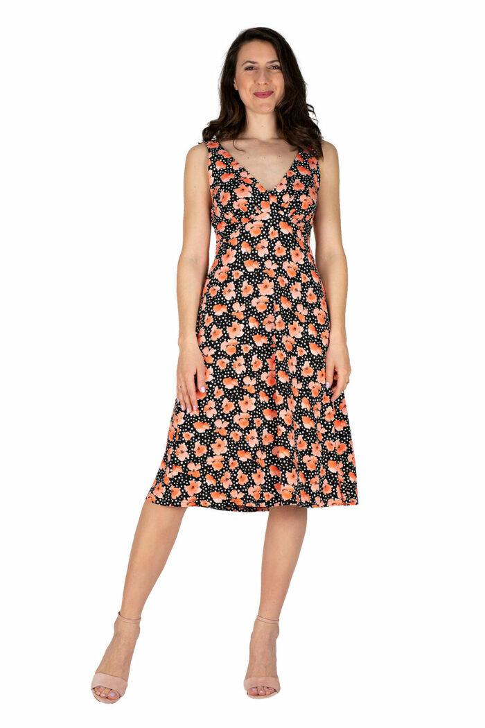 schwingendes Sommerkleid Sylvie in schwarz mit Mohnblumen